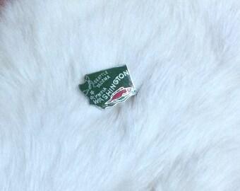 SALE // Vintage Washington State Green Enamel Pin