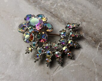Vintage Aurora Borealis brooch, rhinestone starburst brooch, estate jewelry, gifts for her, gifts for mom, bridal jewelry