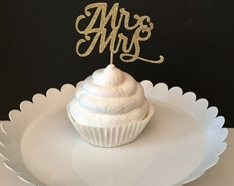 Set of 12, Mr and Mrs cupcake topper, Engagement Cupcake toppers, bridal shower cupcake topper