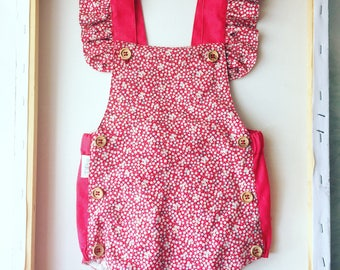 baby bloomers, romper, baby jumpers, bloomers, kids fashion, baby fashion, baby shorts, shorts, jardineiras, baby romper, shorts, fofo