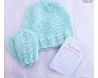 Totally Minty Baby Hat/Beanie and Mittens Set