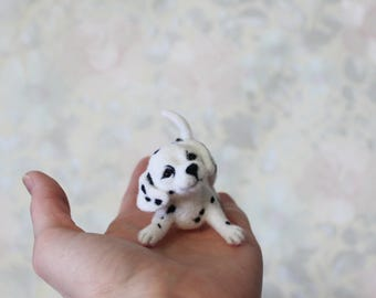 Felted Dalmatian, Dalmatian puppy, Dalmatian Collectible, Felted Dog, needle felted dog, dollhouse miniatures,