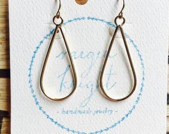 Teardrop hoops