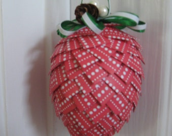 Red and White Christmas Paper Ornaments