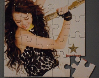 Miley Cryus CD Cover Magnetic Puzzle