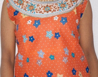 Floral Printed Sleeveless Kurta Tunic Tops with Free Set of Bangles Available in Different Colors