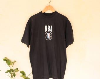 Retro NBA T-Shirt - Size Extra Large