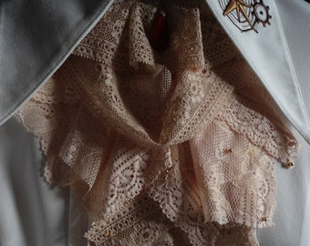 pale brown/pink lace jabot