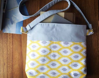 Sale! Modern and colorful cross body bag with a pattern inspired by Marimekko, grey & yellow accents. Adjustable strap, magnetic snap.