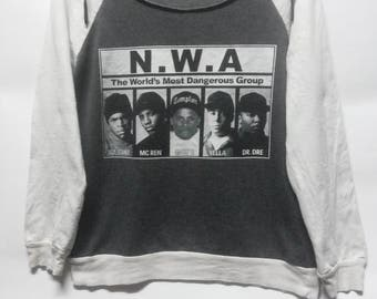 DANGER! Vintage N.W.A//The World's Most Dangerous Group// Long Sleeve// 50-50 material size L // Rapper Hip Hop// Made in USA