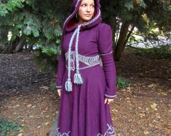 Viking völva coat
