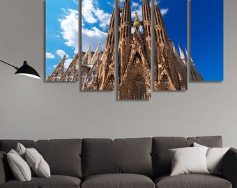 LARGE XL Catholic Basilica The Sagrada Familia in Barcelona Canvas Wall Art Print Home Decoration - Framed and Stretched - 1128