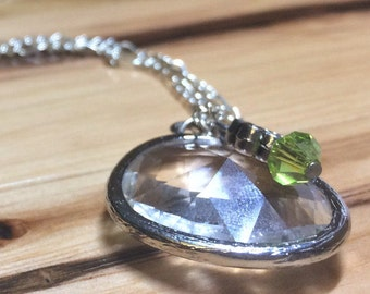 Crystal pendant and silver necklace