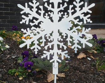 """15"""" Snowflake Metal Decoration Christmas Winter Ornament w/ Wreath Hanger Ground Stake or Hole for Hanging"""
