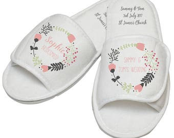 Custom bridal party slippers, personalised wedding party slippers, bridesmaid slippers, personalised wedding slippers, custom wedding