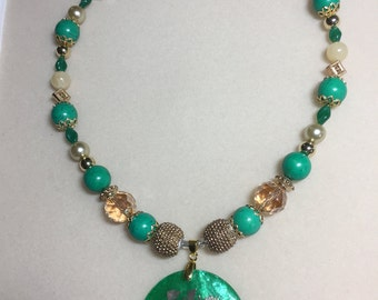 Oriental style necklace