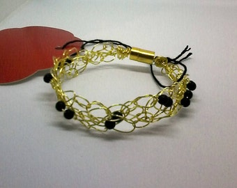 gold wire bracelet with black matte beads,magnet clasp