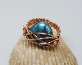 Handmade copper wire ring with shell