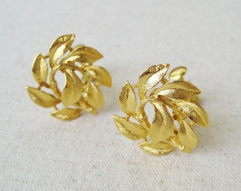 Napier Leaves Earrings, Vintage Clip On Earrings, Screw Back, Gold Tone, Woodland Wedding, Bridal Jewelry, Nature Jewelry, Branch Twig