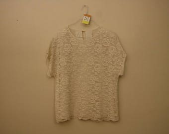White Lace Short Sleeve Vintage Top *Flat Rate Shipping* [Cute Vintage Top Shirt Blouse Women's Size Large]