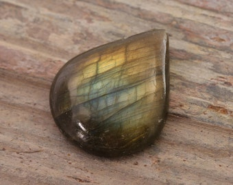Natural Labradorite Cabochon tear drop shape 26x22x6mm teardrop