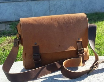 Leather Messenger Bag, satchel, made by hand, Made in Italy