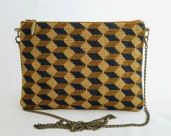 Embroidered pouch handbag version