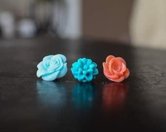 Assorted Flower Tacks