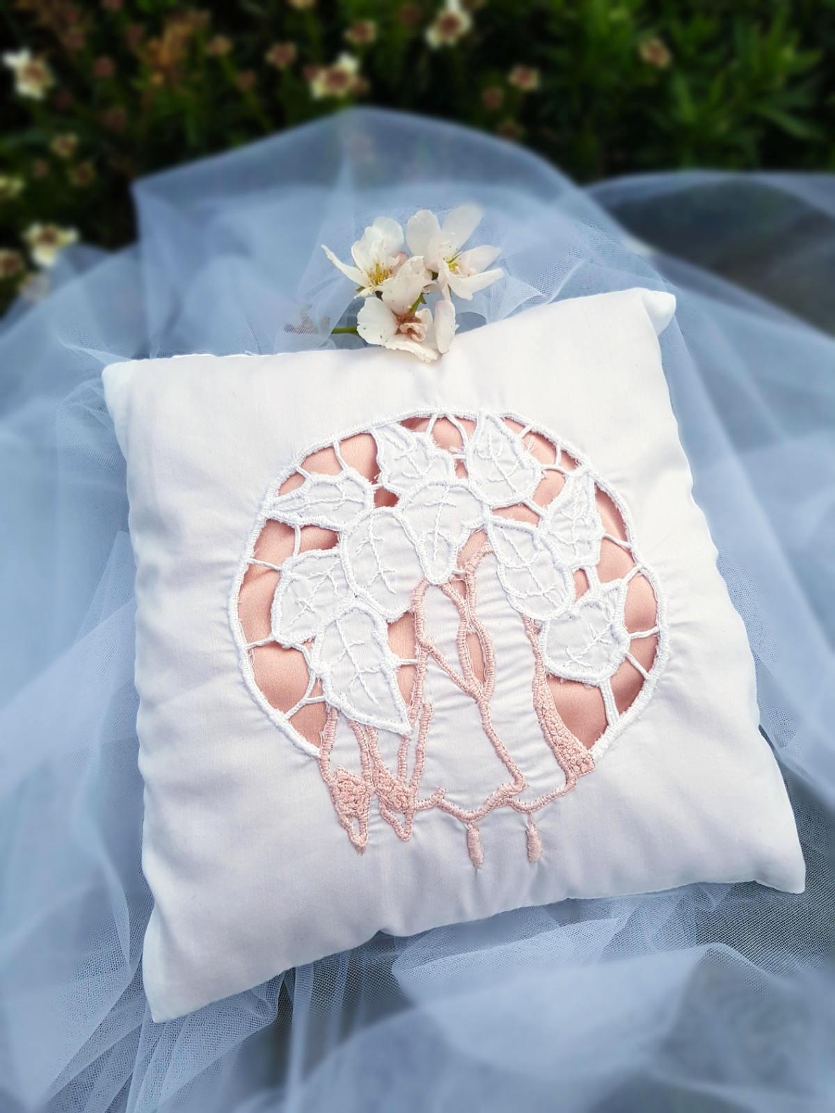 Art deco richelieu embroidered ring bearer Ring pillow Art deco