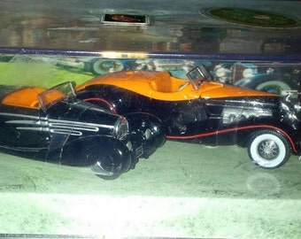 Hot Wheels Classic Bodies 1932- JS Duesenberg and the French built 57C Bugatti Cabriolet
