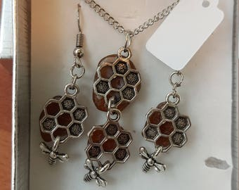 one of a kind handmade seaglass bee hive necklace and matching earrings