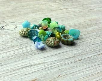 Czech Glass Flower Bead Mix, aqua and blue25 pieces