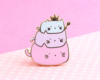 Cute Cat Pin | cat enamel pin , adorable cat pin, hat badge lapel