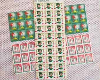 300 Vintage Tuberculosis / Boy's Town Christmas Stamps or Seals (D)