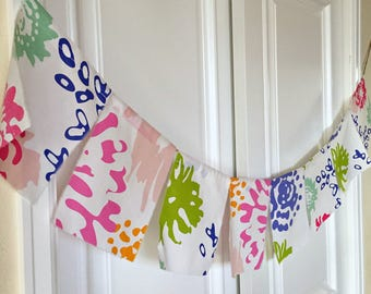 Repurposed, Recycled Spring fabric prayer festival flags, bunting, banner, pennant, Spring flower Party Decor, Photo Prop Flower Banner No 8