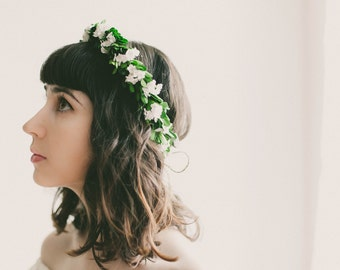 Woodland wedding crown, Bridal headpiece, Boho hair wreath, Floral circlet, flower crown, Floral headpiece, Boxwood headpiece, Baby's breath