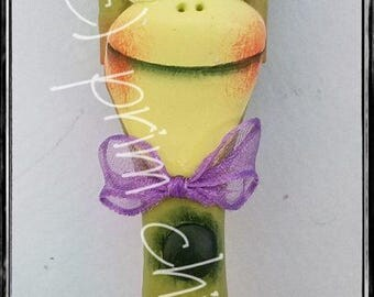 BRUSH BUDDIES - frog decoration potted plant poke hanger garden 1 inch chip paint brush prim chick teamhaha lisa robinson