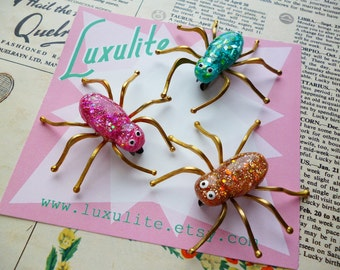 Made to Order- Jumbo Confetti Lucite style Spider pin by Luxulite