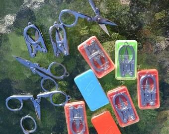 Lot of 13 Vintage Foldable Scissors