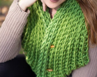 Green Winter Cowl