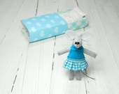 Waldorf doll kit Small felt mouse in box teal lime green matchbox doll felted miniature stuffed felt animal gift for kids plushie
