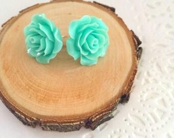 SET of FIVE. Rose earring, bridesmaid, maid of honor gift, ask bridesmaid box.