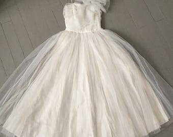 Vintage 1950s White Tulle Net and Satin Fit and Flare  Strapless Dress Gown XS S