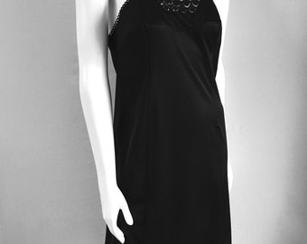 Vintage Lingerie Women's 70's Vanity Fair, Black Dress Slip, Nightgown, Knee Length (M)