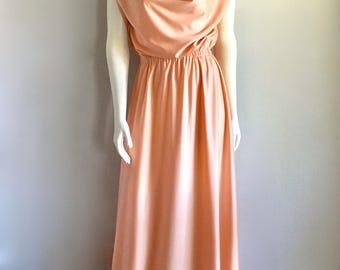 Vintage Women's 70's Peach Dress, Polyester, Sleeveless, Full Length Gown (M)