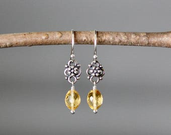 Citrine Earrings - Bali Silver - Silver Link Earrings - November Birthstone - Yellow Gemstones - Wire Wrap Earrings - Citrine Jewelry - Gift