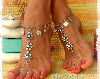 Silver Rhinestone WEDDING BAREFOOT SANDALS Effervescent Chain sandals Luxurious bridal foot jewelry beach wedding Barefoot Wedding GPyoga