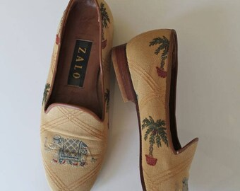 vintage 1990s shoes-  ZALO elephant tapestry flats / 6