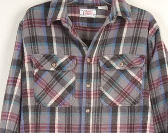 soft worn gray and red heavy flannel shirt XL 54 chest 70s vintage cotton plaid Flannel Checked Men Button Up Shirt