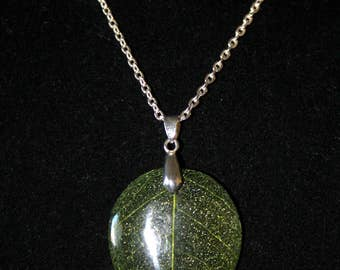 Green Leaf on Silver Plated Cable Chain Necklace
